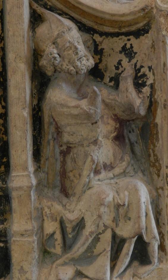 104 vierge a lenfant - nevers - face gauche du trone