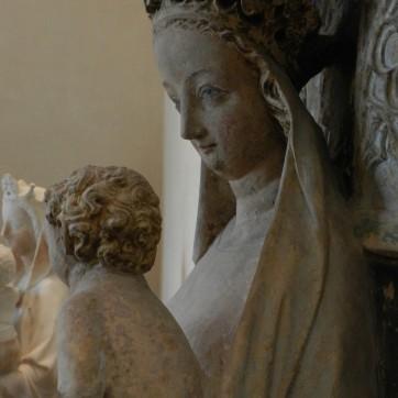 104 vierge a lenfant - nevers - profil droit