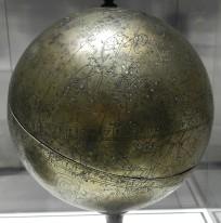 113 globe celeste 1