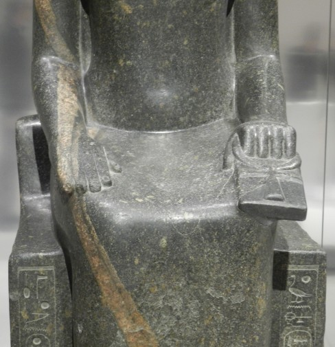 31 sekhmet - karnak - bras